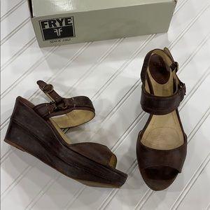 Frye Brown Leather Carlie Sling Sandals - sz 9.5
